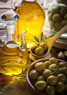 olive-oil-olives-350x500