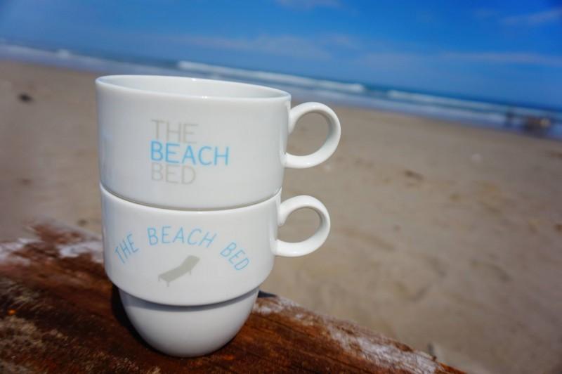青い海の見えるカフェでコーヒーを楽しむ。 そんなブレイクタイムをご家庭でも。